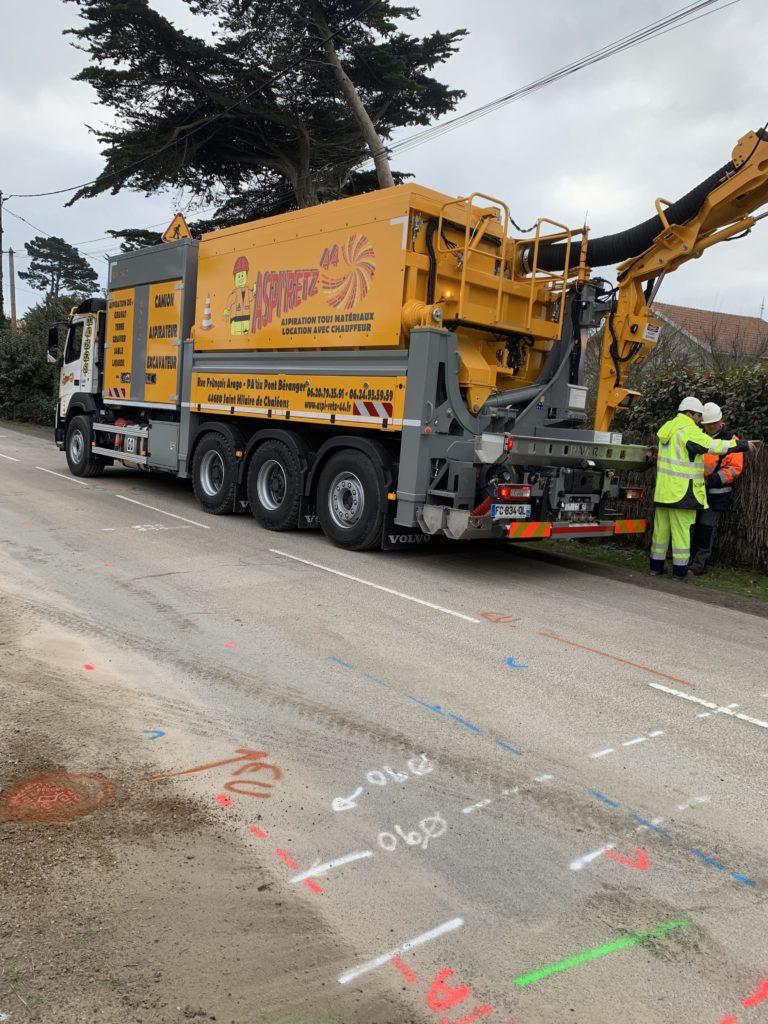camion-excavateur-aspirateur-aspiretz-loire-atlantique